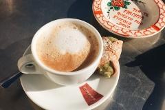 17-Итальянский-каппуччино-и-сицилийский-десерт-канноло