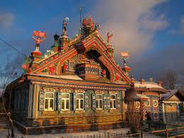 Izbá típica casa rústica rusa