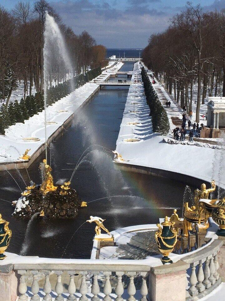 петергоф под снегом