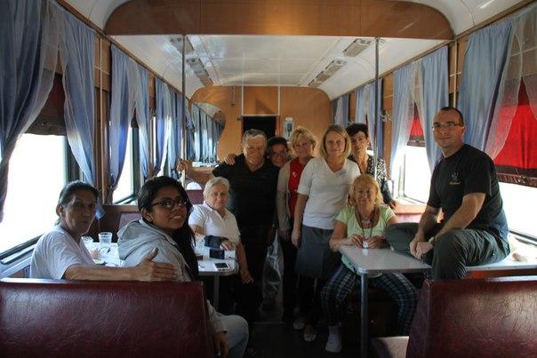 путешествие по Транссибирской магистрали с испанскими туристами вагон ресторан