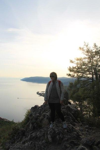 на берегу Байкала. вид панорама