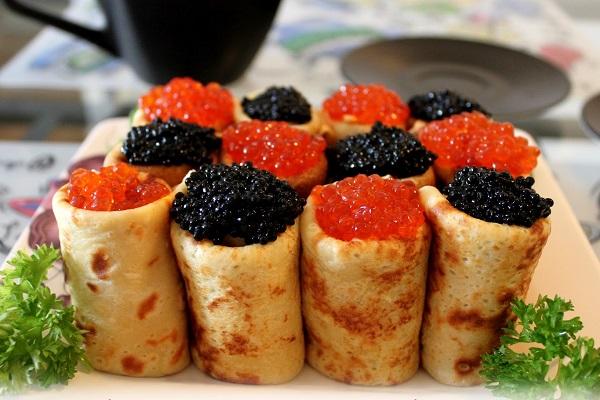 Crepas rusas con caviar
