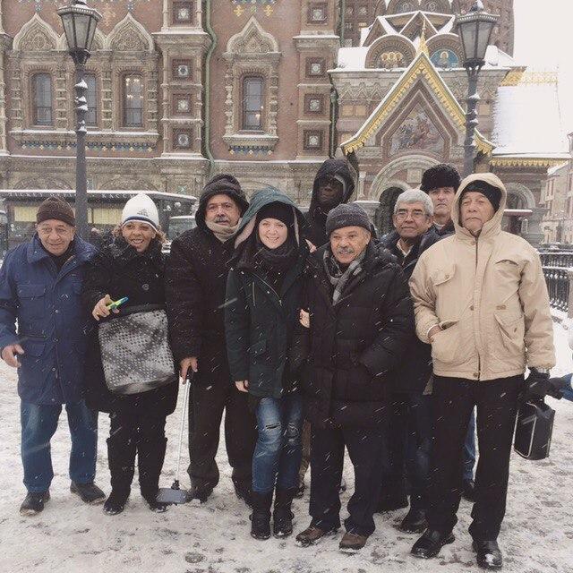 guía en español por San Petersburgo palacio de catalina sangre derramada Ermitage sala de ambar Peterhof