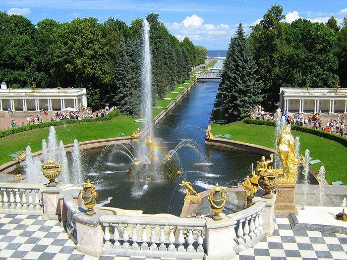 guía privado en Peterhof tour en español