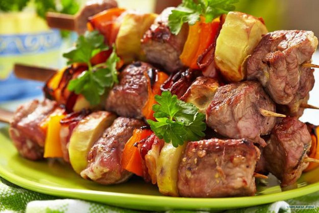 carne rusa barbacoa tipica comida de Rusia