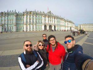 guida turistica per i giovani a San Pietroburgo